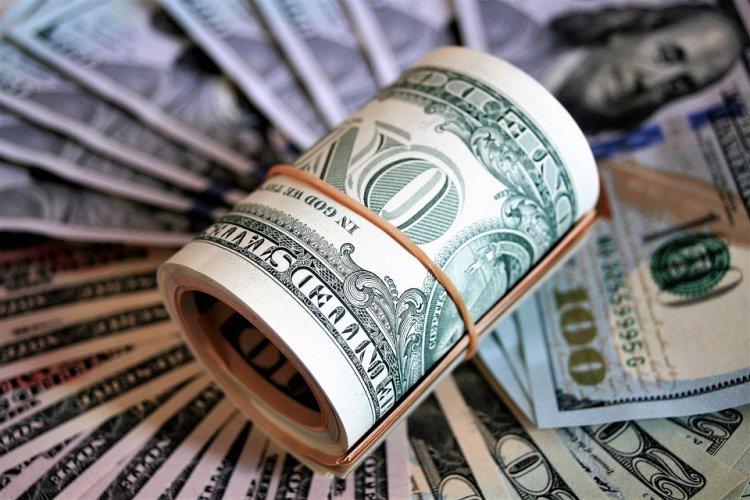 Психологи выяснили, сколько нужно денег человеку для эмоционального равновесия