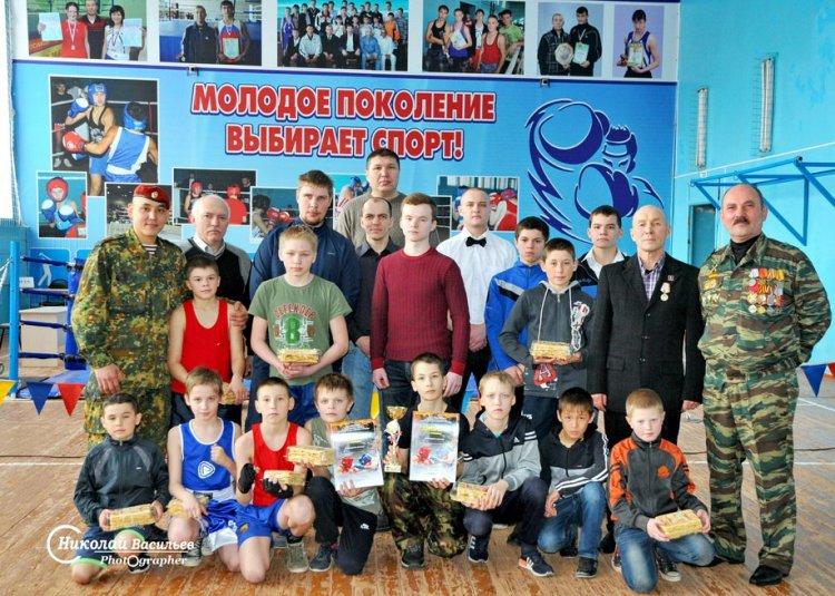 В Стерлитамакском районе спецназовцы провели боксёрский турнир и посетили ветеранов ВОВ