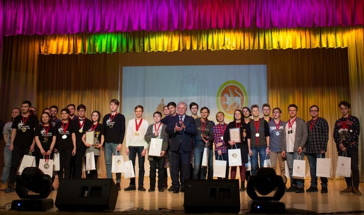 Школьники Башкортостана показали интеллект в Казани