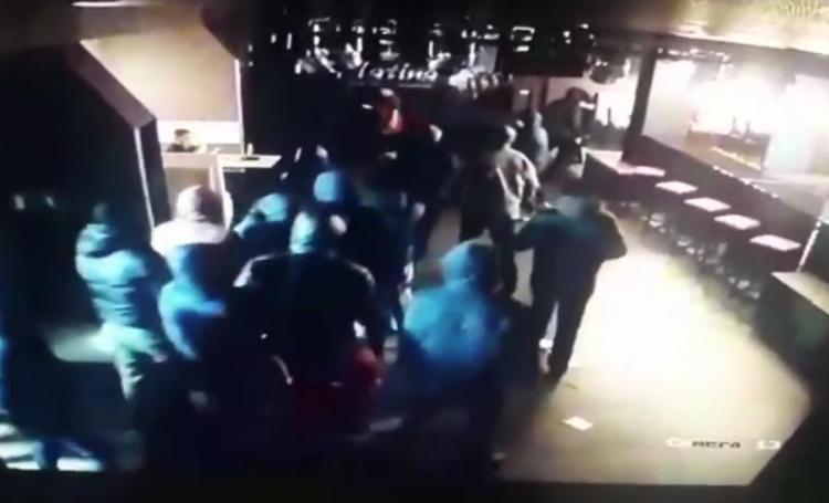 В Башкирии группа вооруженных хулиганов разгромила ночной клуб