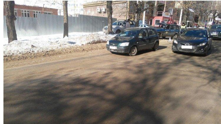 В Уфе женщина-водитель за рулем иномарки сбила 8-летнего школьника