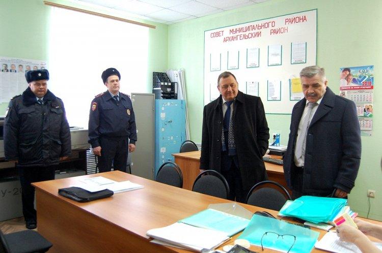 Михаил Закомалдин посетил Архангельский и Кармаскалинский районы Башкирии