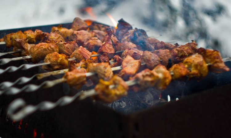 Ученые рассказали об опасности мяса, приготовленного на открытом огне