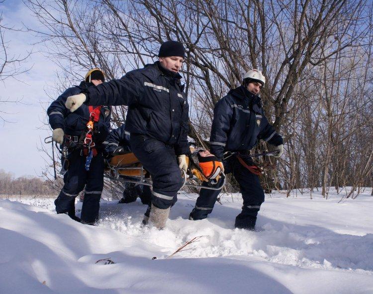 Сотрудники Поисково-спасательного отряда Уфы «спасли» пятерых парашютистов