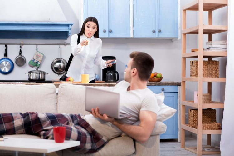 11 признаков того, что ваш партнер вам изменяет