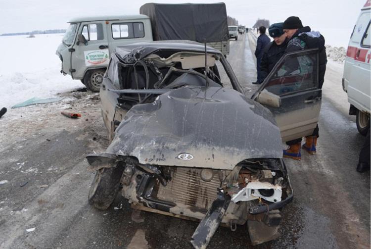 В страшном ДТП в Башкирии погиб 23-летний парень