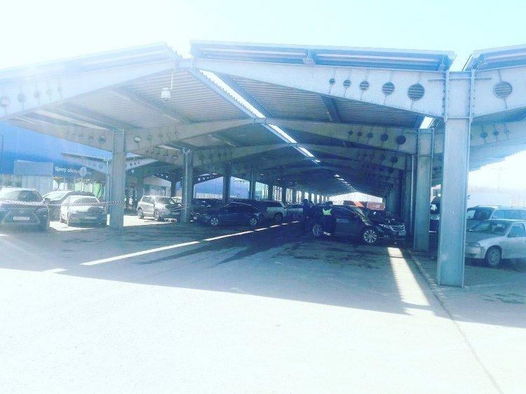 В Уфе водитель «Toyota Venza» на парковке ТЦ сбил 71-летнюю пенсионерку