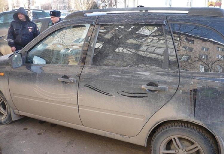 В Башкирии автоледи сбила двух детей и скрылась