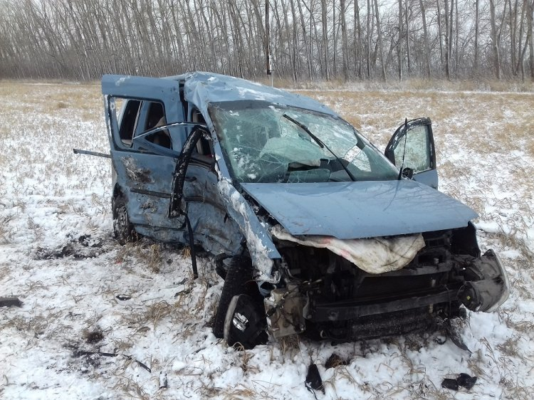 ДТП в Башкирии: в Стерлитамакском районе столкнулись Volkswagen и Renault Duster