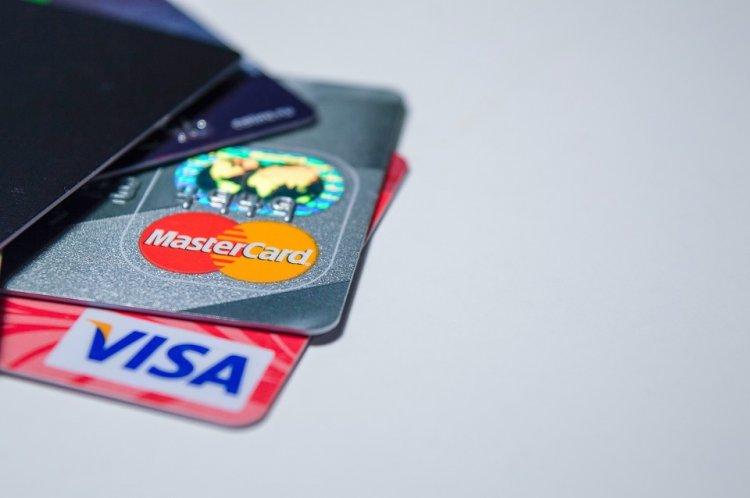 Как пользоваться банковскими картами и не стать жертвой мошенничества