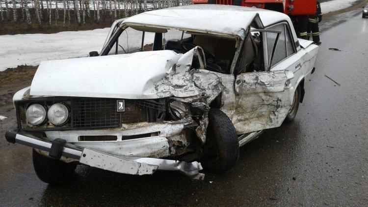 На трассе в Башкирии столкнулись 2 отечественных авто – есть жертва
