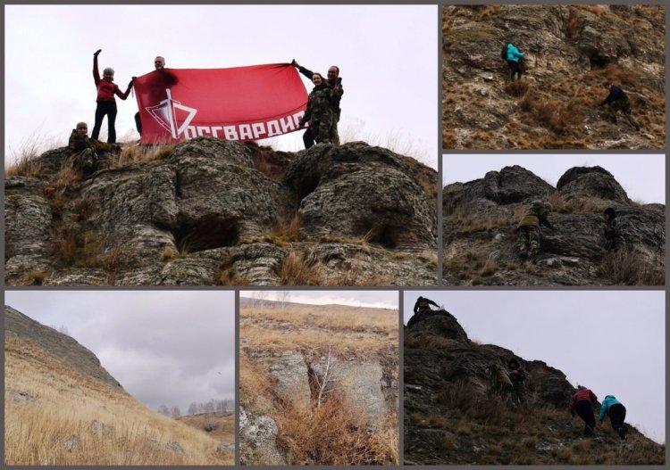 В Башкортостане над Аургазинскими скальниками росгвардейцы развернули флаг ведомства