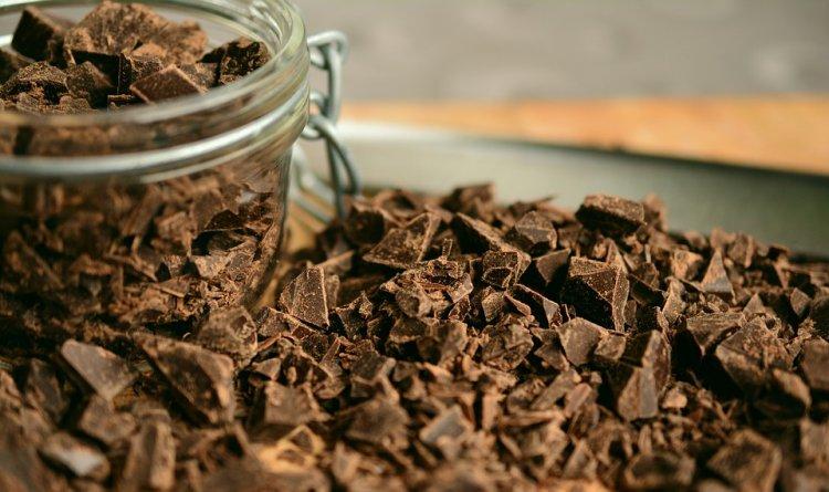 Ученые рассказали, какой шоколад полезен для здоровья