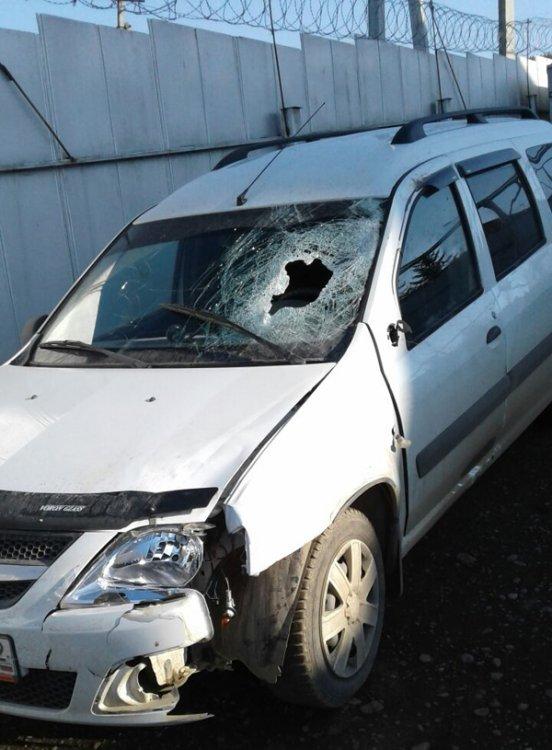 В Башкирии под колесами  Lada Largus погиб мужчина