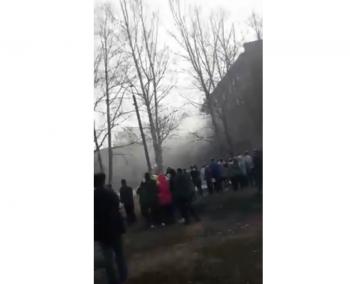 В Стерлитамаке парень с ножом напал на школьников и поджег школу, есть пострадавшие