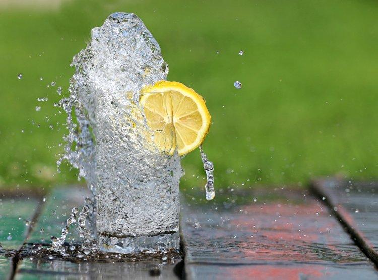 Эксперты установили, сколько воды нужно пить ежедневно
