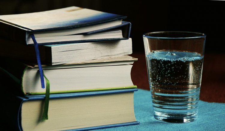 Ученые рассказали о пагубном влиянии минеральной воды на организм