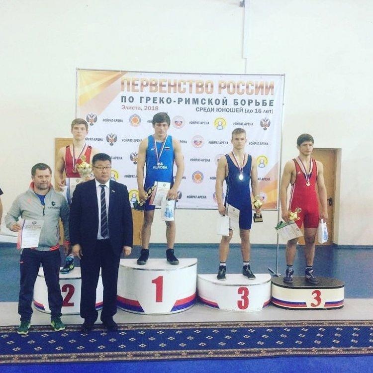 Башкирские борцы завоевали две медали на Первенстве России по греко-римской борьбе в Элисте