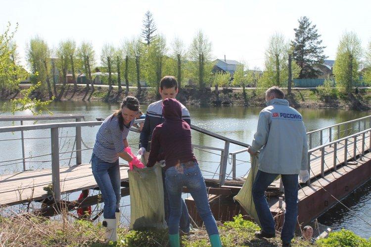 Активисты ОНФ провели в Уфе экологическую акцию «Чистый берег»