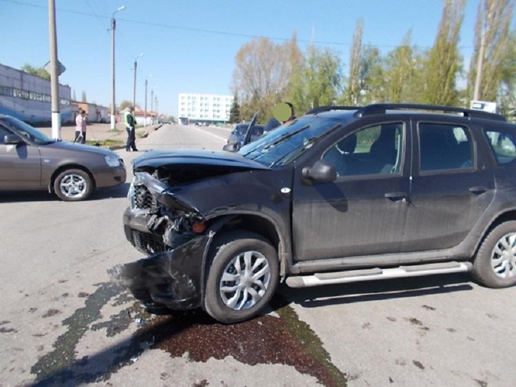 ДТП в Салавате: Nissan Terrano не предоставил преимущество «Kia Rio