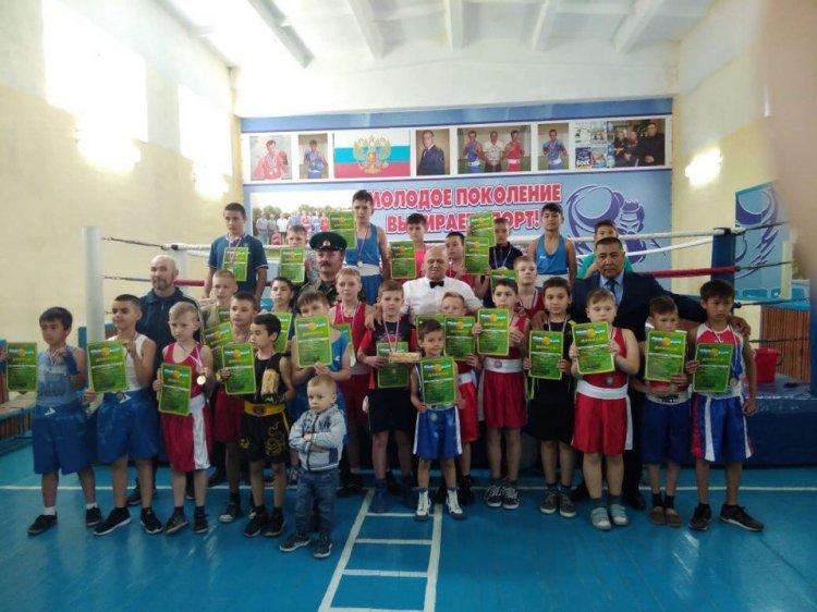 В Стерлитамакском районе прошёл турнир по боксу, посвящённый Дню пограничника