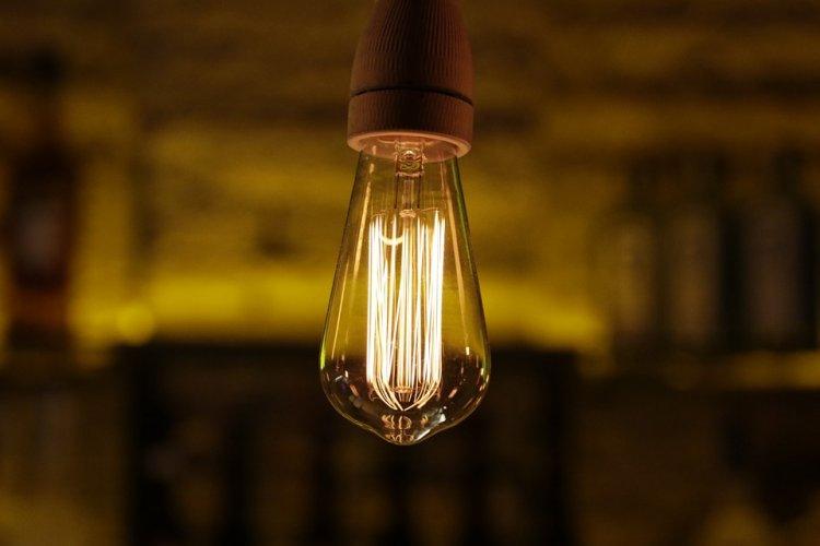 Экономия государства на лампочках ляжет на плечи россиян