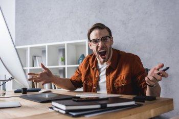4 знака зодиака, которые могут ужасно сходить с ума, когда злятся