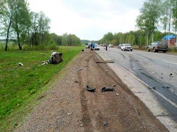 Смертельное ДТП в Башкирии: ВАЗ-2110 врезался во встречный грузовик