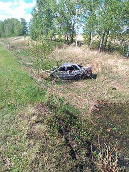 В Башкирии опрокинулся ВАЗ-2115: погиб мужчина, пострадал ребенок
