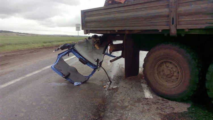 В страшном ДТП в Башкирии срезало крышу «Лады Калины»