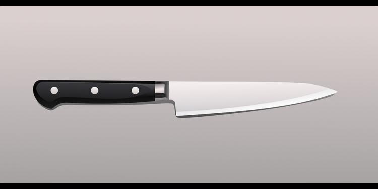 Пьяный житель Башкирии ударил ножом приятеля