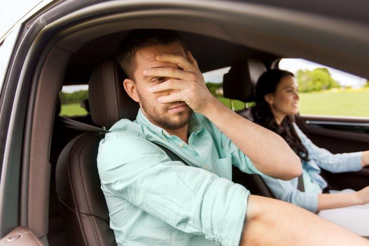 Названы знаки Зодиака, которым нельзя водить автомобили