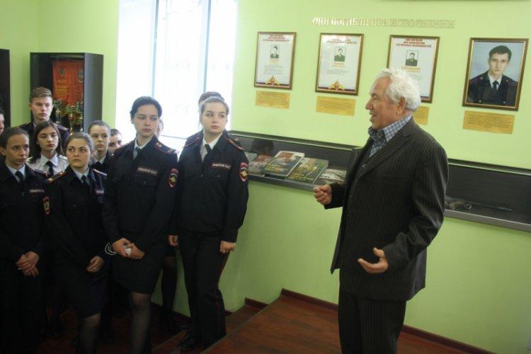 Ученики полицейского класса посетили музей Управления МВД России по городу Стерлитамаку