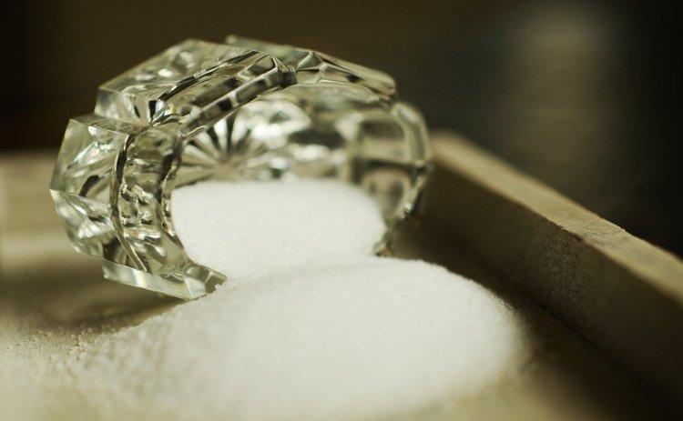 В Башкирии судья сделала в зале заседания «магический круг» из соли
