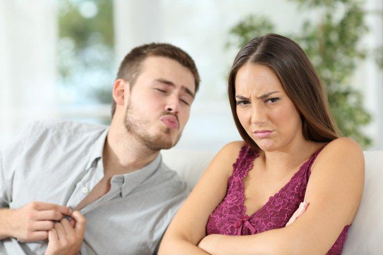 8 мужских поступков, которые заставляют женщину еще больше ненавидеть вас
