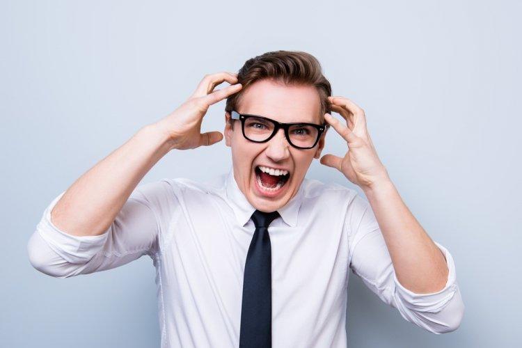 Мужчина-истеричка: 5 признаков