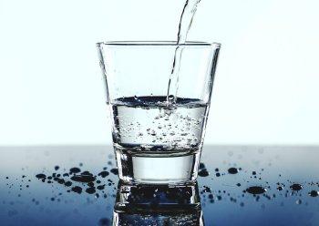 Названы три случая, когда категорически не стоит пить воду
