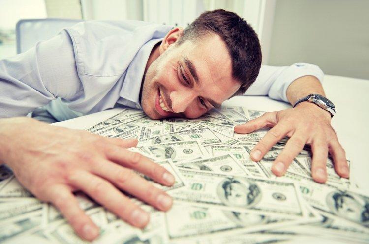 Состоятельные люди не такие щедрые, как бедные