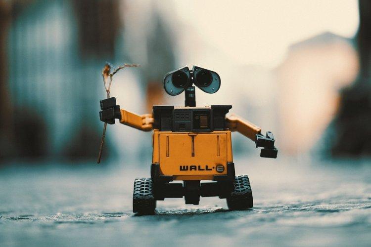Жителей России захотели заменить роботами