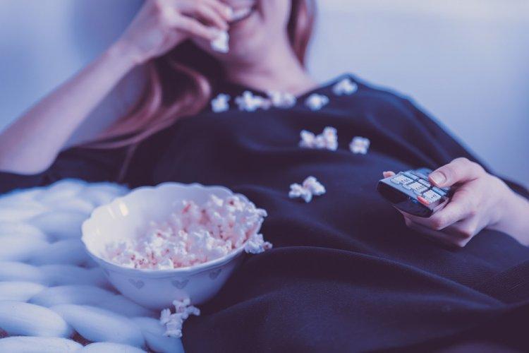 10 причин, почему вы должны немедленно прекратить смотреть телевизор