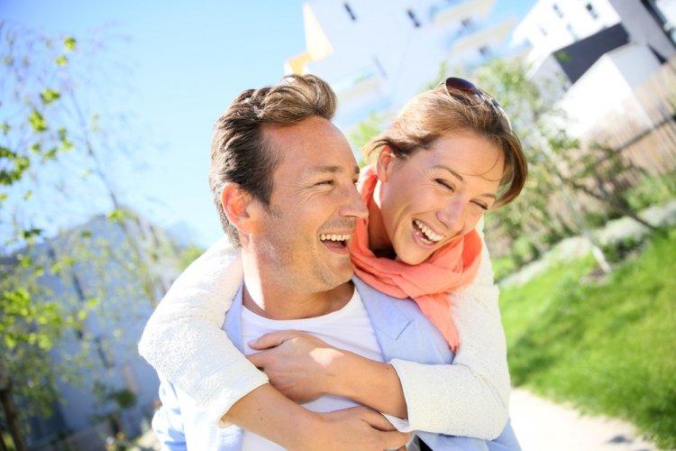 Семь вещей, которые никогда не делают счастливые пары