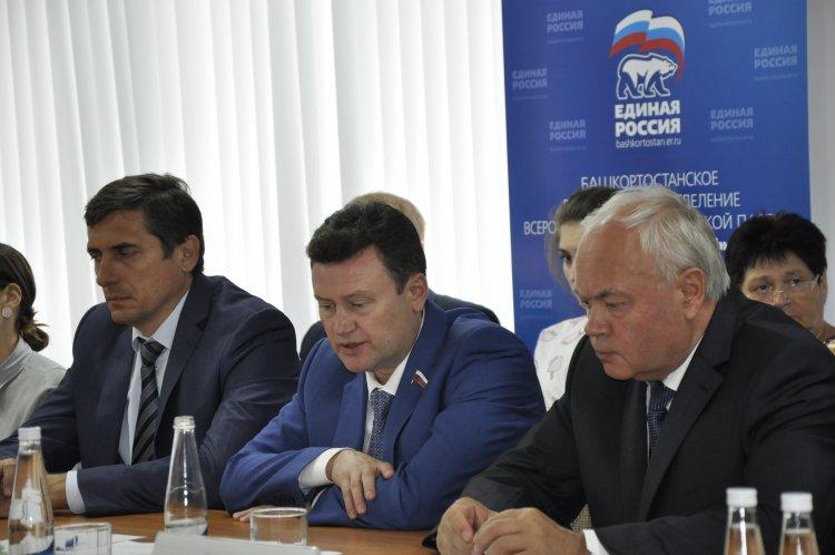 Депутат Алексей Изотов: Сегодня изменения пенсионной системы неизбежны