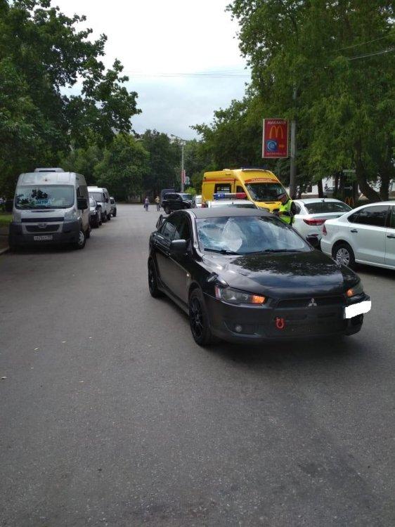 В Уфе подросток на велосипеде попал под колеса автомобиля
