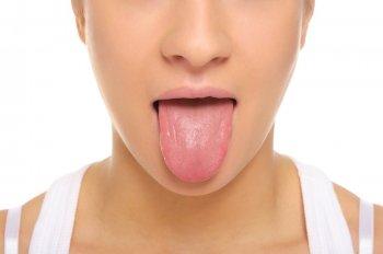 Почему немеет язык или кончик языка?