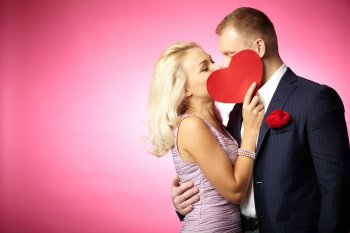 О характере мужчины расскажет поцелуй
