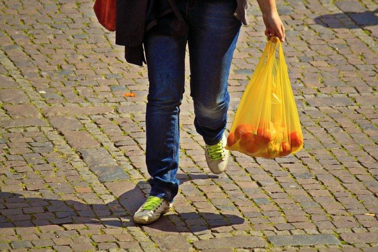 Пластиковые пакеты могут исчезнуть из магазинов