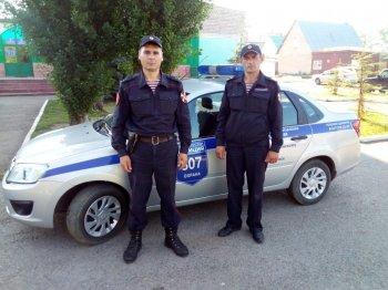 В Башкирии сотрудники вневедомственной охраны Росгвардии вернули потерявшуюся 5 - летнюю девочку родителям