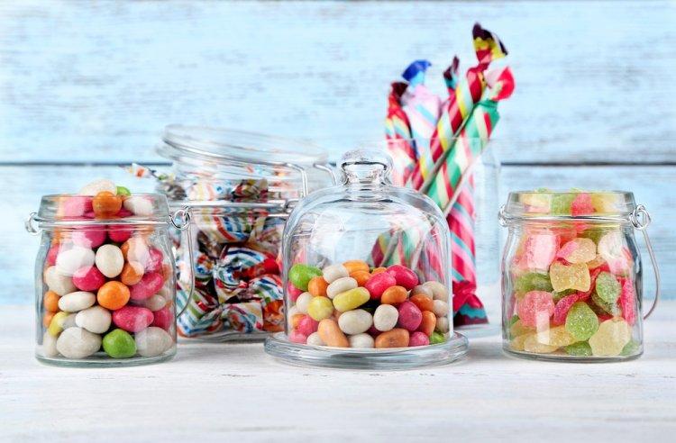 В России могут запретить продажу сладкого детям до 14 лет