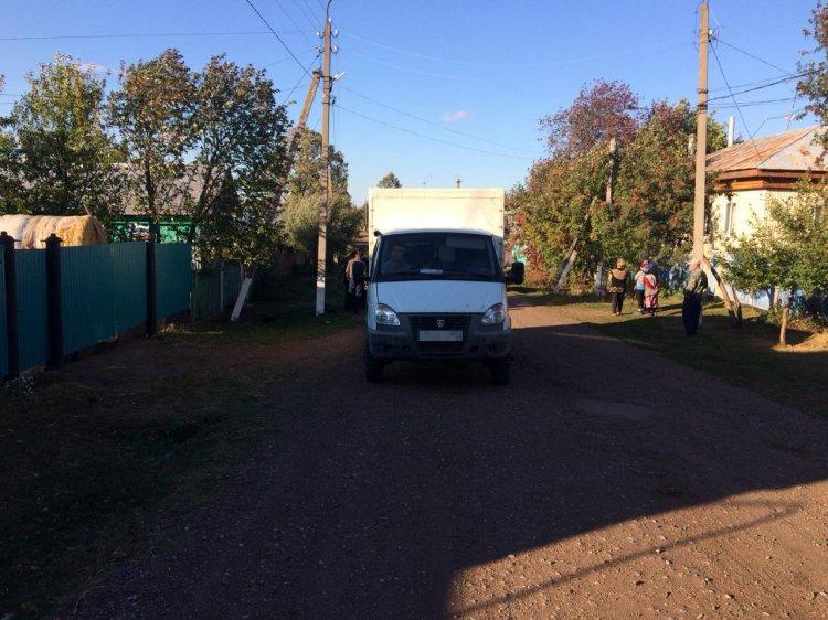В Башкирии под колесами бортовой «Газели» погибла 2-летняя девочка
