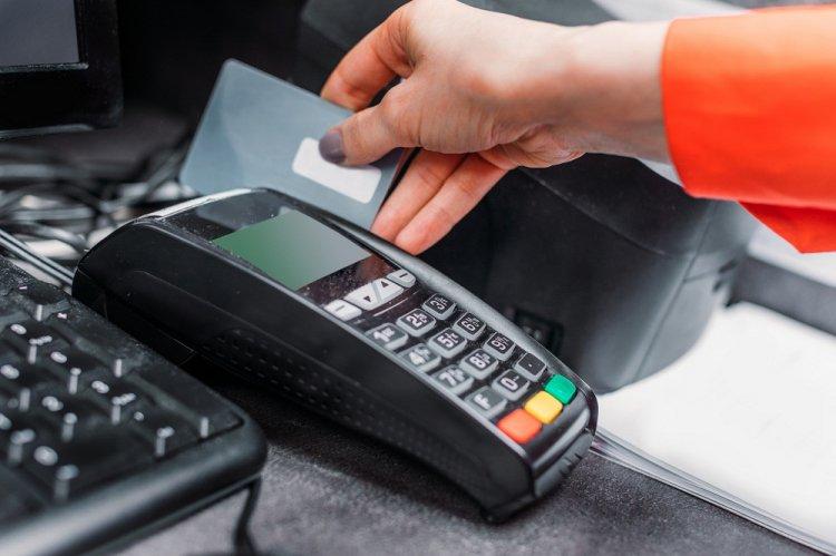 Количество безналиных платежей в Башкирии увеличилось на 23%